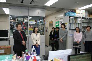 東京民医連であいさつする(左から)小池晃、吉良よし子両参院議員=12日、東京都豊島区
