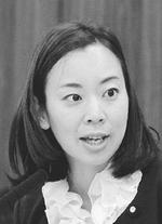 質問する吉良よし子議員=5月28日、参院総務委