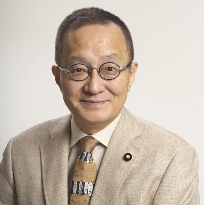 笠井亮政策委員長