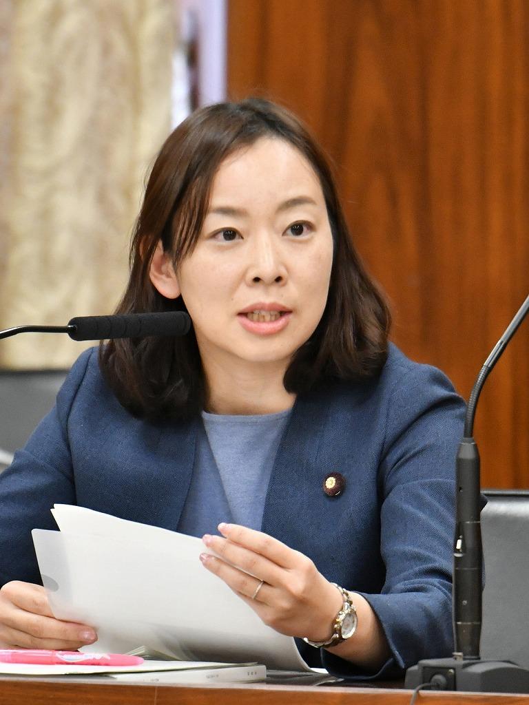吉良よし子参議院議員