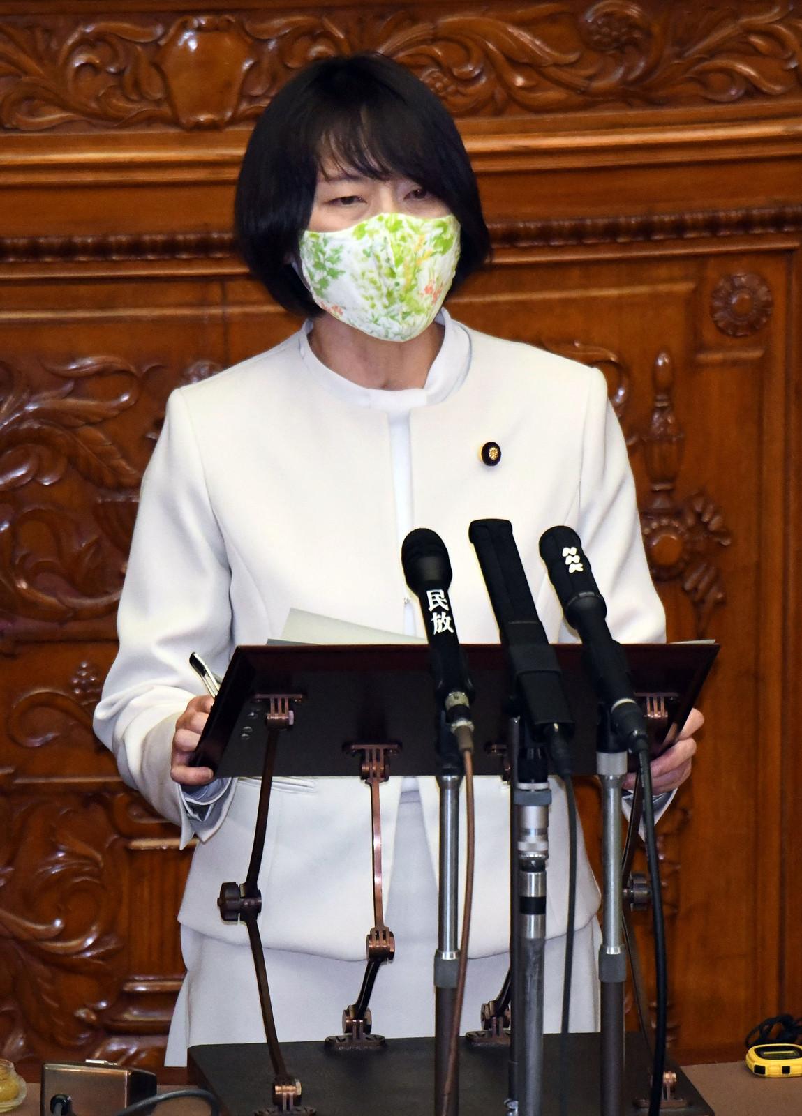 田村智子副委員長